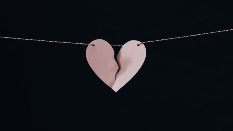 Do these 4 things to do to overcome your recent breakup